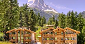Hotel Matthiol - Zermatt - Building