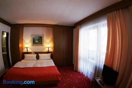 Hotel St. Georg - Bad Reichenhall - Bedroom