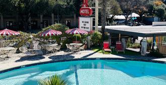 Austin Motel - Austin - Bể bơi