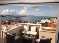 Apartmani Kresic - Hvar - Balkon