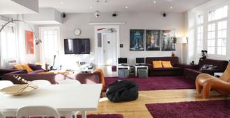 Rivoli Cinema Hostel - Porto - Living room