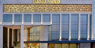 Taurus Sarovar Portico - New Delhi - Building