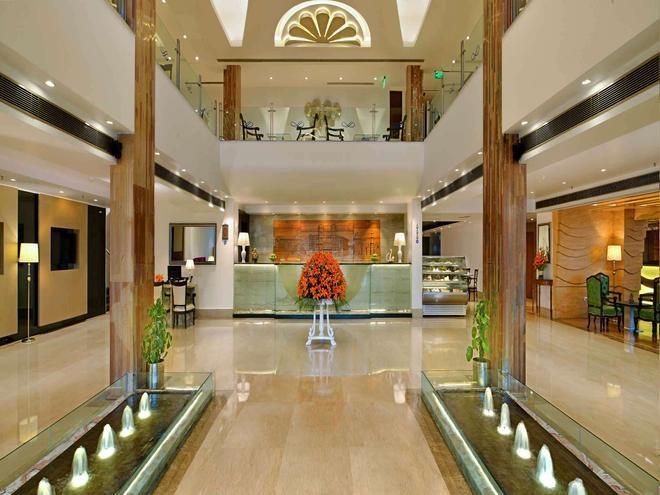 Taurus Sarovar Portico - New Delhi - Lobby