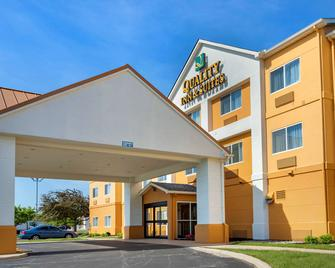 Quality Inn And Suites - Bay City - Gebouw
