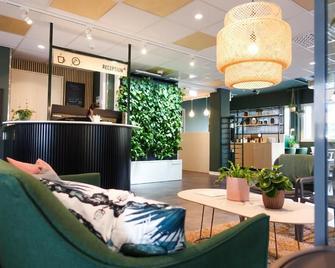 Greenstar Hotel Jyväskylä - Юваскюля - Лоббі