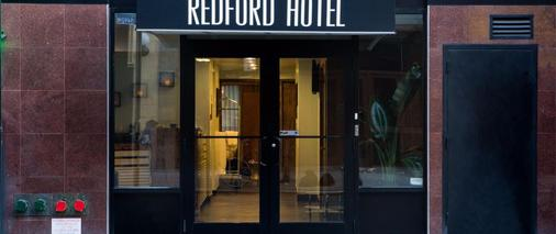 Redford Hotel - New York - Building