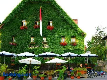 Hotel-Gasthof-Schiff - Sommerhausen - Building