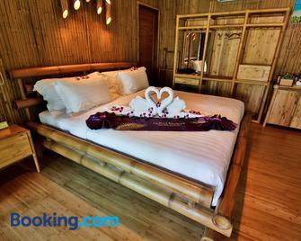 Phi Phi Coco Beach Resort - Phi Phi-eilanden - Slaapkamer