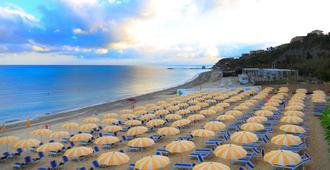 Labranda Rocca Nettuno Tropea - Tropea - Beach