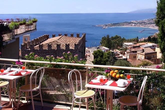 地中海酒店 - 陶爾米納 - 陶爾米納 - 陽台