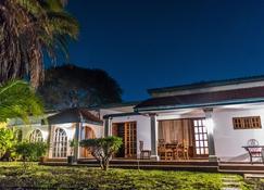 Annie's Lodge Lilongwe Area 10 - Lilongwe - Gebäude