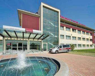 Mercure Bergamo Aeroporto - Stezzano - Building