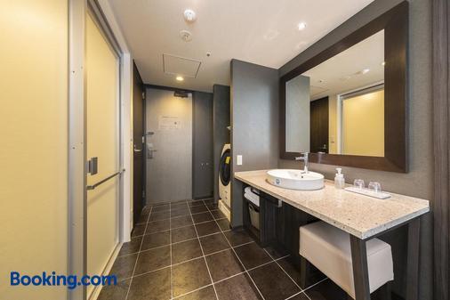 Tokyu Stay Hakata - Fukuoka - Bathroom