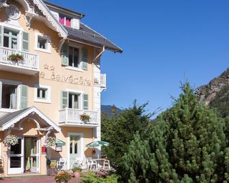 Chalet-Hôtel Le Belvédère - Brides-les-Bains - Будівля