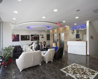 Igneada Parlak Resort Hotel - İğneada - Building