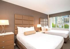 Best Western PLUS Chateau Granville Hotel & Suites & Conference Ctr. - Βανκούβερ - Κρεβατοκάμαρα