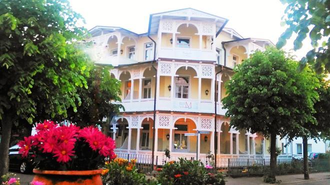 Hotel Villa Meeresgruss - Binz - Building