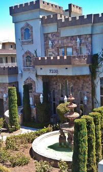 Manor Suites - Las Vegas