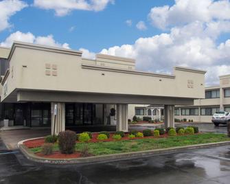 Quality Inn - Horseheads - Building