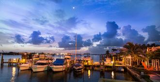Matanzas Inn - Fort Myers Beach - Outdoors view