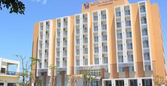 Hotel Rising Sun Miyakojima - Miyakojima