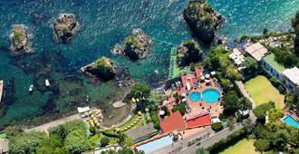 Strand Hotel Terme Delfini - Ischia - Vista del exterior