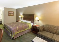 Super 8 by Wyndham Bossier City/Shreveport Area - Bossier City - Bedroom
