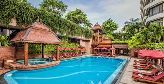 ذا لاندمارك بانكوك - بانكوك - حوض السباحة
