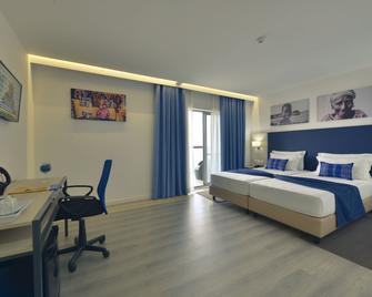 Boutique Hotel Pescador - Praia - Bedroom