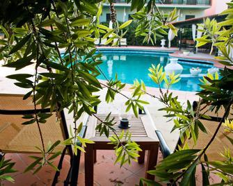 Eden Hotel - Afytos - Zwembad