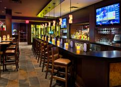 Courtyard by Marriott Niagara Falls - Niagara Falls - Bar