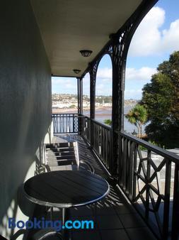 The Ness - Teignmouth - Balcony