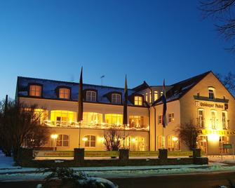 Hotel Goldener Fasan - Oranienbaum - Edificio