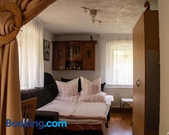 Ferienwohnung Eulennest - Dippoldiswalde - Living room