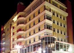 Kelvin Hotel - Invercargill - Building