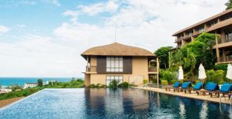 Karon Phunaka Resort - Karon - Piscina