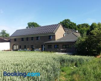 Bingers kleine Scheune - Willich - Edificio