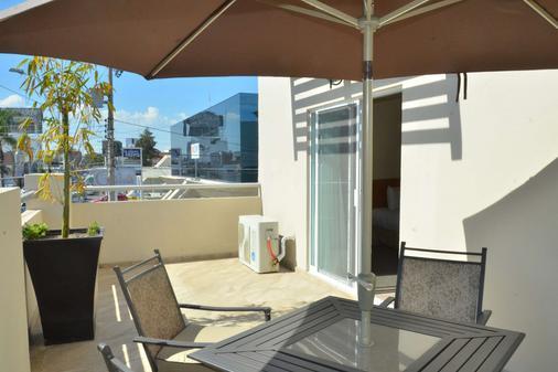 Best Western Plus Plaza Vizcaya - Durango - Balcony