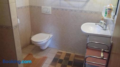 Penzión Villa Agnes - Trstín - Bathroom