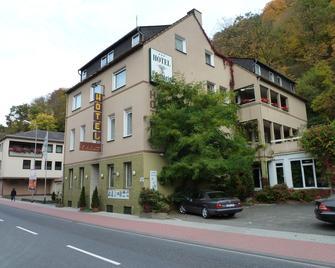 Edelstein Hotel - Idar-Oberstein - Building