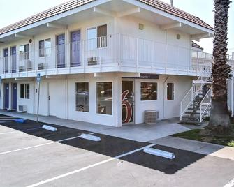 Motel 6 San Jose Campbell - Campbell - Building