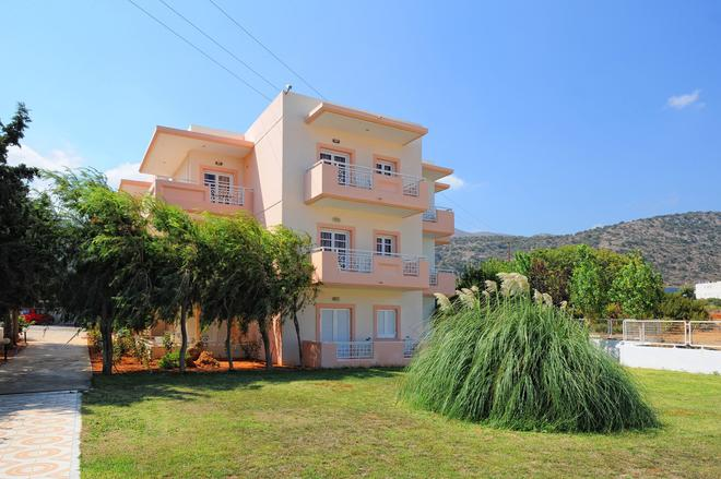Manolis Apartments - Mália - Rakennus