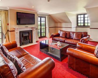 Hollies Hotel - Martock - Wohnzimmer