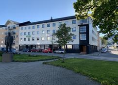 Fast Hotel Svolvær - Svolvær - Building