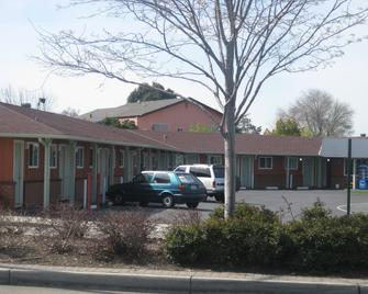 Studio Inn Livermore - Livermore - Building