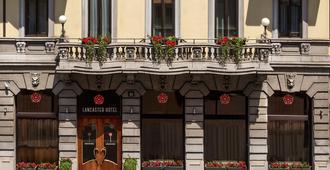 Lancaster Hotel - Milà - Edifici