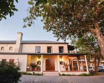 Lovane Boutique Wine Estate & Guesthouse - Stellenbosch - Building