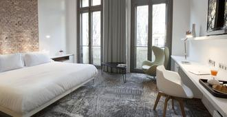 Hotel C2 - Marseille - Bedroom