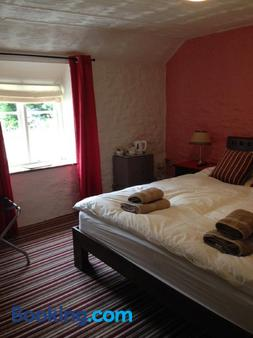 The Royal Oak - Burford - Bedroom