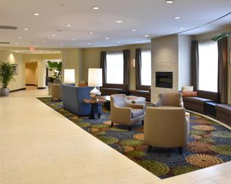 Holiday Inn Canton (Belden Village) - North Canton - Lobby